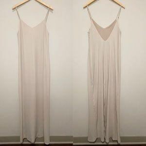 Show Me Your Mumu Jolie Maxi Dress Tan Beige Vneck